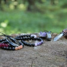 Natural Shungite Healing Jewelry: Make It a Point
