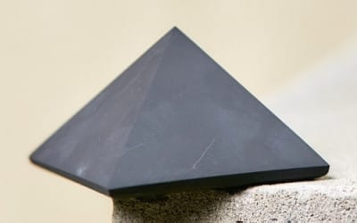 Essential Shungite Stone Benefits and Properties