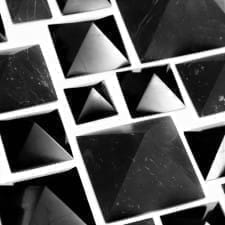 5 Reasons Why Shungite Pyramids Are Popular in UK