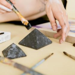 50 mm Non-polished shungite and quartz pyramid