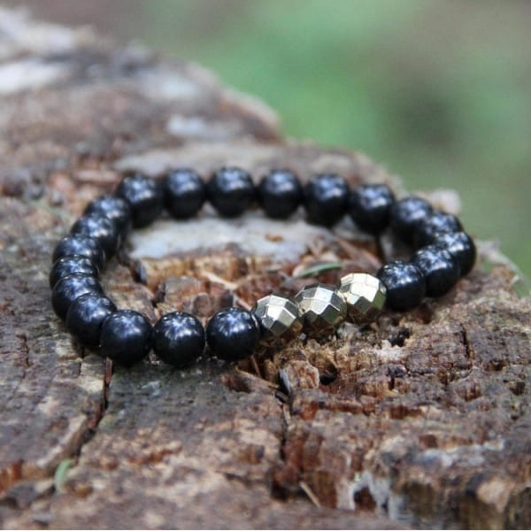 Shungite and painted hematite protective bracelet