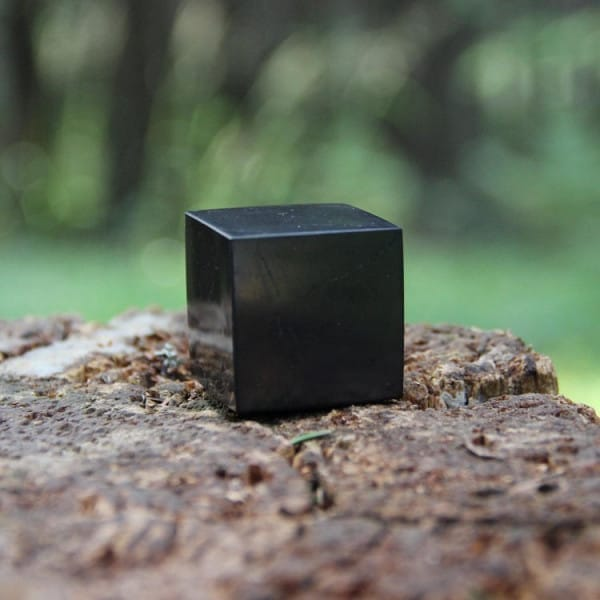 40 mm Polished shungite cube