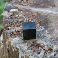 30 mm Polished shungite cube