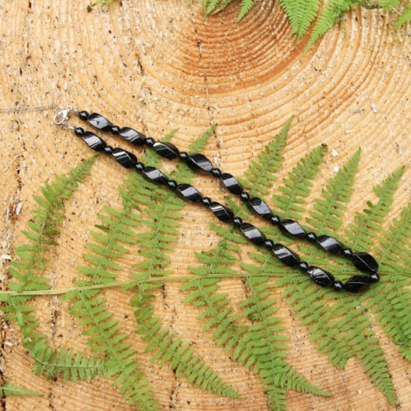 Shungite necklace with spiral beads