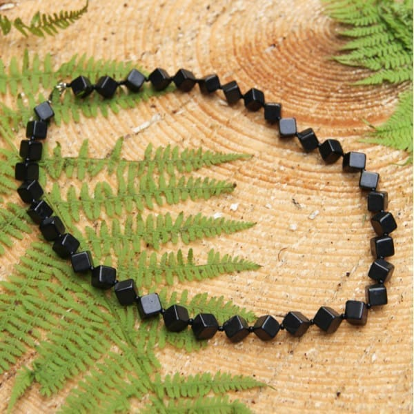 Shungite necklace with rhombic beads