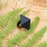 Shungite ring with a non-polished pyramid on a copper band