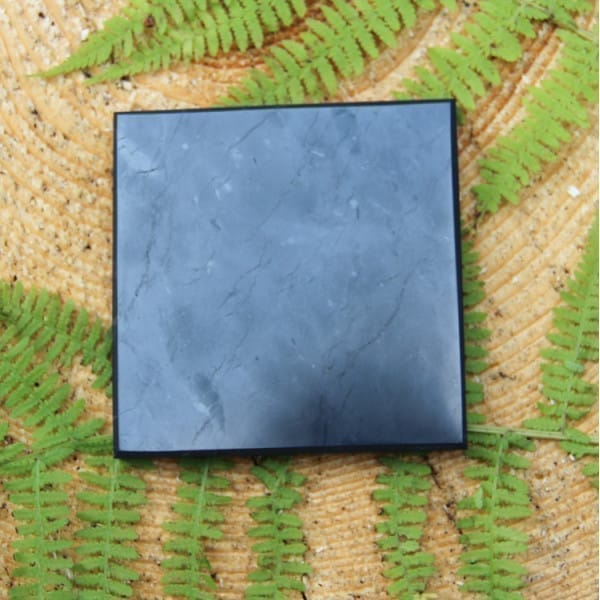 Polished square shungite tile 100*100 mm
