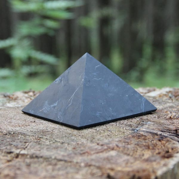 Shungite grounding pyramid 100 mm