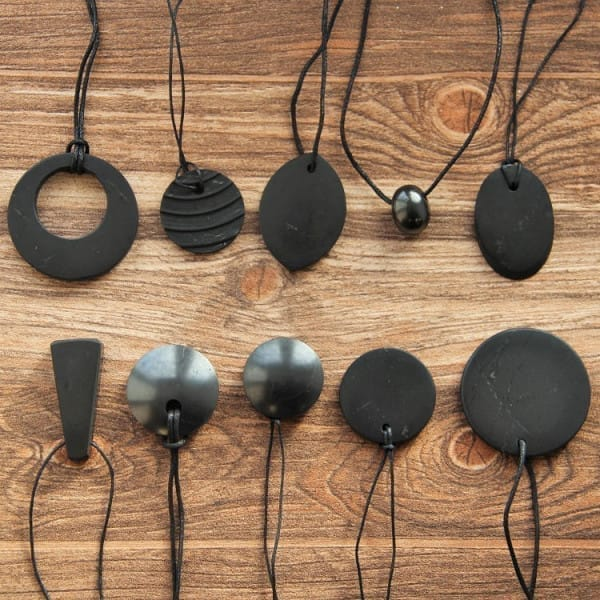 Wholesale Shungite Pendants Set