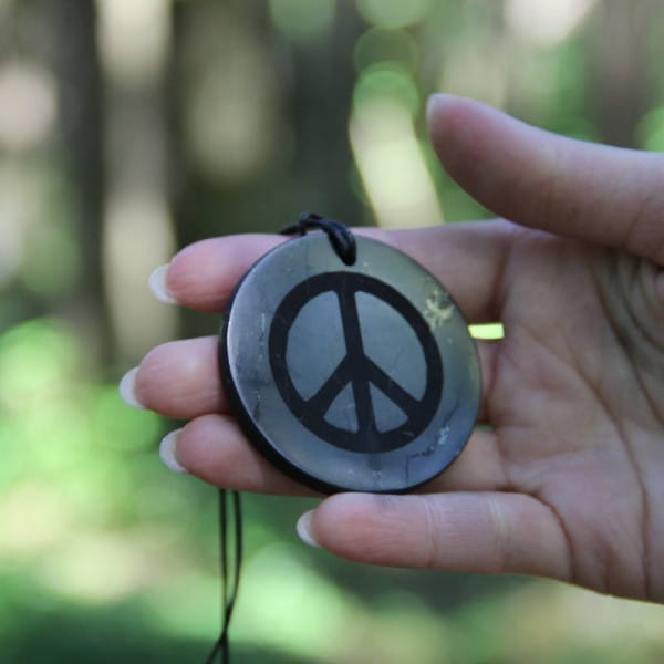 Big shungite pendant Peace